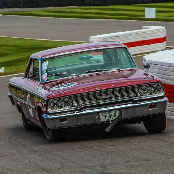 American car sprinting